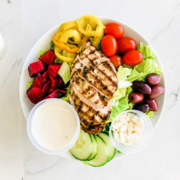 Salad: Greek salad with grilled chicken (Family)