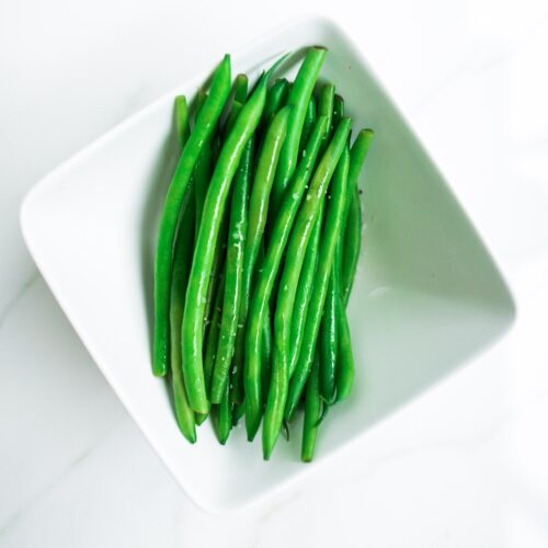 Steamed French green beans