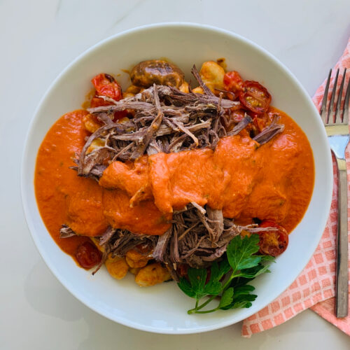 Pulled beef sun-dried tomato gnocchi