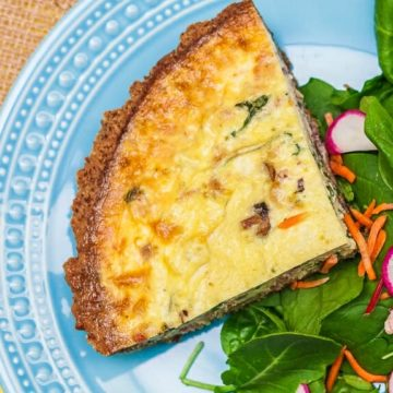 Breakfast: Cheesy Sausage & Spinach Quiche