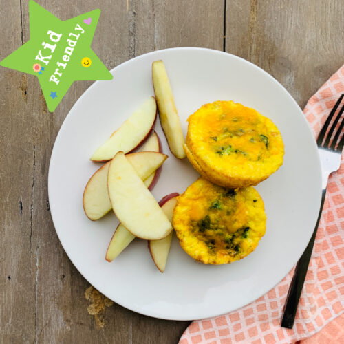 Kid's Menu: Spinach egg cups with apple