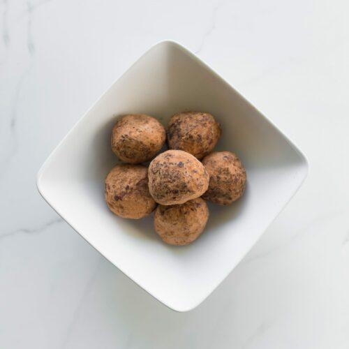 Chocolate protein truffles (6)-contain gluten
