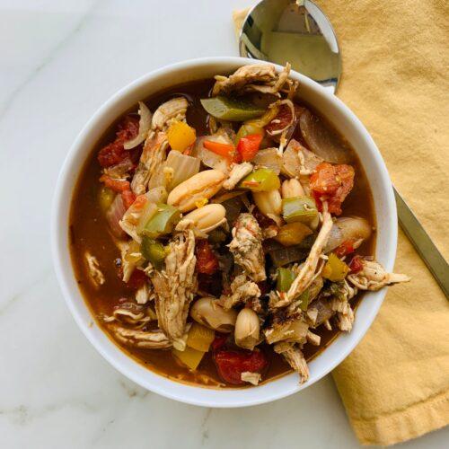 Soup: Rustic chicken white bean chili